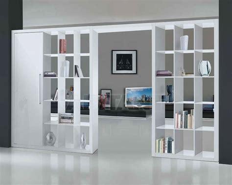 Librerie A Giorno Divisorie by Come Organizzare Il Soggiorno Con Le Librerie Divisorie