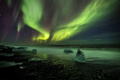 borealis northern lights iceland photo tours