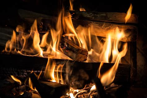 basic rules  cleaning chimneys  fireplaces