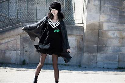 Fall Paris Glamour Week Casual Outfit Streets