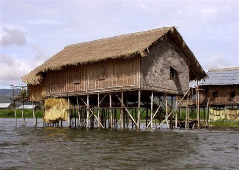 chambre sur pilotis les maisons en birmanie
