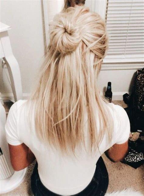 easy hairdo messy bun  updo blonf medium hair