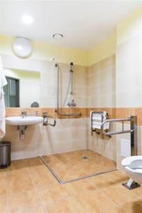 badezimmer planen ideen barrierefreies badezimmer planen tipps zum umbau