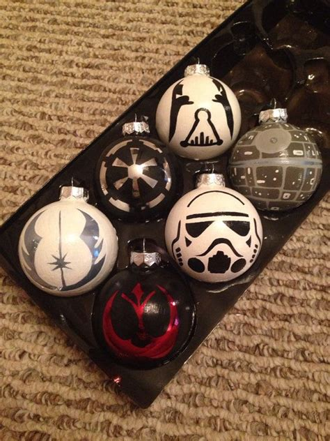 wars christbaumschmuck these glass ornaments are 3 inches by 3 inches this set