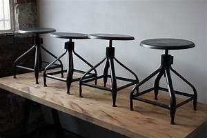 Tabouret Industriel Reglable : ancien tabouret chaise basse d atelier industrielle nicolle metal ~ Teatrodelosmanantiales.com Idées de Décoration