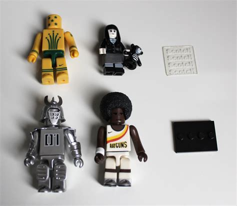 Diy     Adorable Lego Minifig Phone Cable Holder