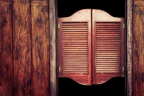 saloons    west lock  doors  night