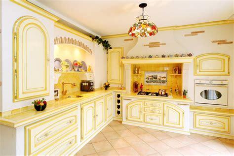 stickers porte de cuisine 20 cuisines provençales pour s inspirer diaporama photo