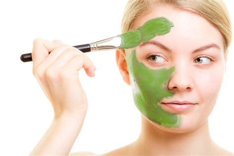 Simple avocado face mask