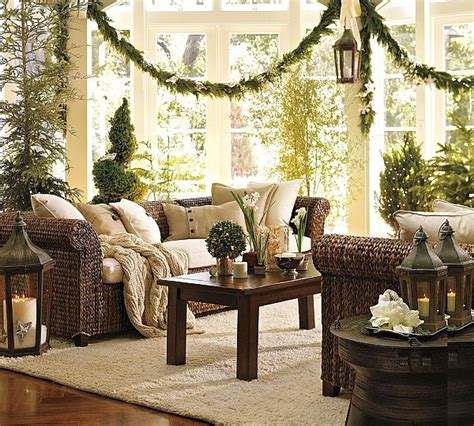 traditional christmas decorations  decoist