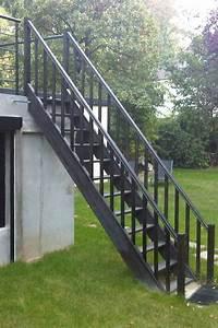 Escalier Extérieur En Bois : escalier ext rieur de la terrasse au jardin ehi ~ Dailycaller-alerts.com Idées de Décoration