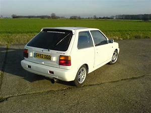 1990 Nissan Micra - Pictures