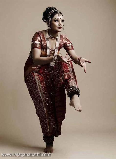 actress shobana latest photo shoot gateway  world