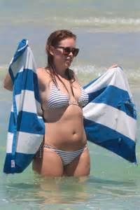tanya burr  bikini  miami beach gotceleb