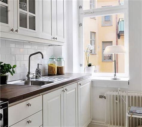 small white kitchen ideas selecting a tile pattern for a kitchen backsplash d 39 oh i y