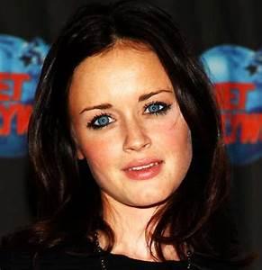 Welche Haarfarbe Passt Zu Blauen Augen : schwarze haare blaue augen welche haarfarbe passt zu mir tipps ideen und viele bilder zum ~ Frokenaadalensverden.com Haus und Dekorationen