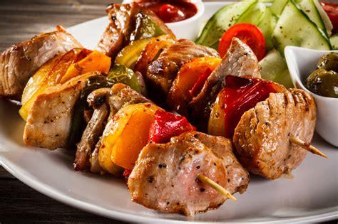 med cuisine shawarma falafel more metro d s best mediterranean food metro detroit chevy dealers
