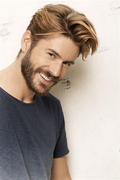 coupe de cheveux homme  blond