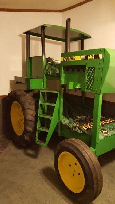 Deere Tractor Bunk Bed by 25 Best Ideas About Tractor Bed On Boys