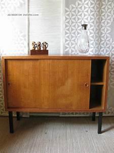 60er Jahre Kommode : 60er jahre kommode sideboard string ra danish modern schiebet ren schrank ~ Markanthonyermac.com Haus und Dekorationen