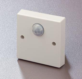 presence detector light switch energy saving switching or dimming presence detector types