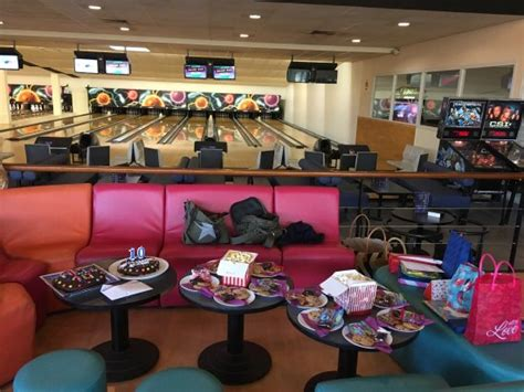 salle de spectacle chateauroux salle bowling picture of cyber bowling chateauroux tripadvisor