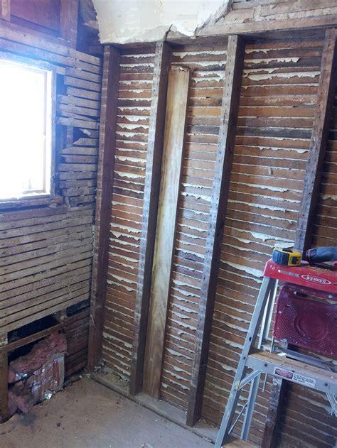 cut plaster lath  destroying  wall pro