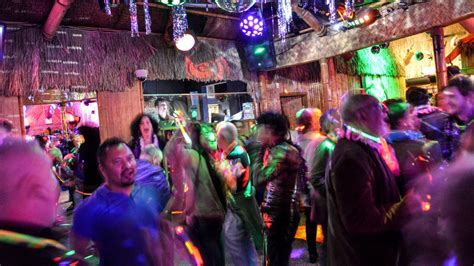 night  lgbt nightlife options  greater palm springs