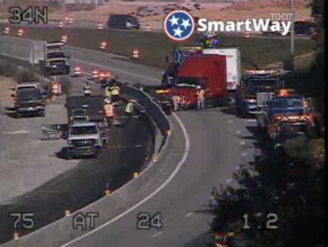 I-75 South shut down due to jack-knifed tractor trailer ...