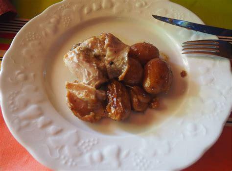 cuisiner lapin au four lapin au four et pommes de terre ratte confites la