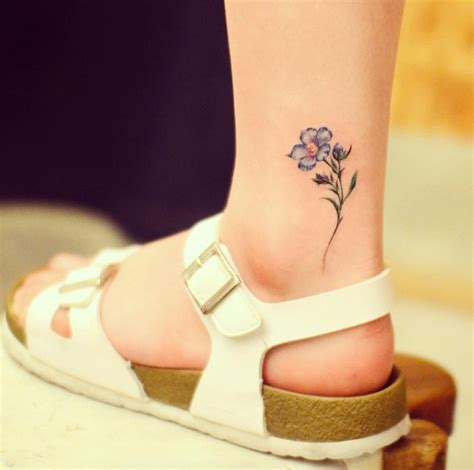 fabulous feminine tattoo design ideas tattooblend