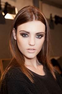 Couleur Cheveux Marron Chocolat : id e coiffure couleur cheveux chocolat maquillage yeux ~ Melissatoandfro.com Idées de Décoration