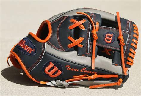 pros wear  shortstop gloves swanson correa lindor