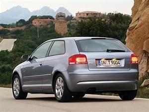 Audi A3 2004 : audi a3 2003 2004 2005 autoevolution ~ Gottalentnigeria.com Avis de Voitures