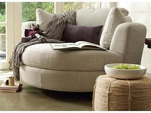 Bequeme Sofas Für Kleine Räume : halbrundes sofa ist das ihre sache ~ Bigdaddyawards.com Haus und Dekorationen
