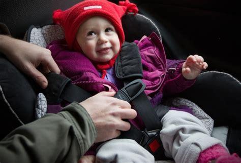 nouvelle norme siege auto les nouvelles normes de sièges d auto pour enfants entrent