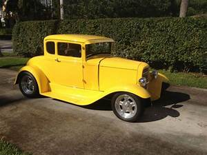 1931 Ford 5 Window Coupe Collectible Hot Rod Model A