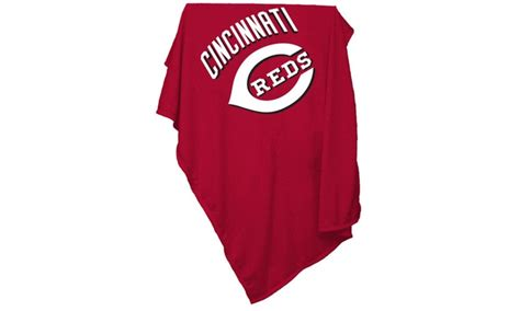 Cincinnati Reds Sweatshirt Blanket What Type Of Fabric Are Receiving Blankets Made Crochet Baby Blanket With Chunky Yarn Grey Using Heated While Pregnant Plush Throw Uses Personalized Singapore Easy Zig Zag Pattern Blue And White Cotton