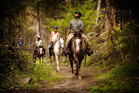 kelowna riding seasons horseback okanagan shoulder activities accommodations enjoy