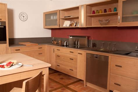 cuisine moderne bois massif meuble cuisine massif cuisine en image
