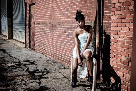 model portfolio photography downtown raleigh photo shoot
