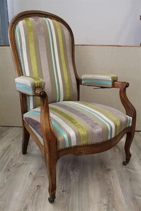 recouvrir canapé tissu recouvrir un fauteuil en tissu 28 images