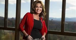 Sarah Palin Hot Bikini Pics, Leaked Near