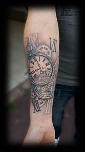 Tatouage Montre A Gousset Avant Bras : tatouage horloge avant bras homme 3dliveproject ~ Carolinahurricanesstore.com Idées de Décoration