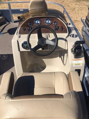 Boat Dealers Kemah Texas by Pontoon Boats For Sale In Kemah Texas