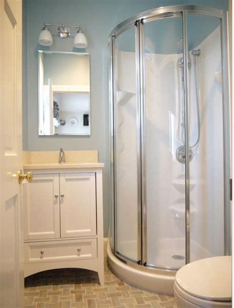 Corner Showers For Small Bathrooms  Ggregorio