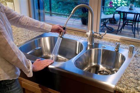 clean sink   clean  kitchen sink disposal