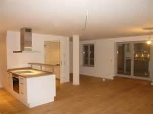 küche eiche rustikal küche weiß hpl arbeitsplatte eiche astig edelstahl griffe schreinerei höhensteiger