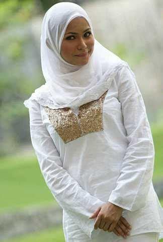 gambar artis malaysia  hair  nampak manis bertudung