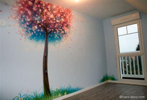 fresque murale chambre fille le cerisier japonais peint sur le mur de la chambre